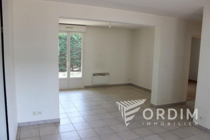 Sale apartment Auxerre 105000€ - Picture 2