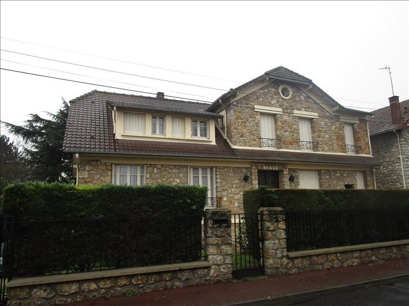 Sale house / villa Franconville 740000€ - Picture 1