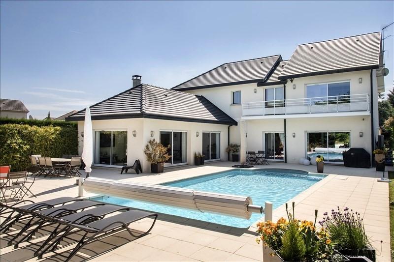 Sale house / villa La queue en brie 960000€ - Picture 1