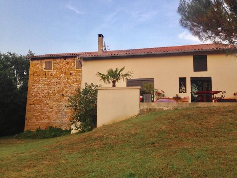 Deluxe sale house / villa Liergues 610000€ - Picture 2