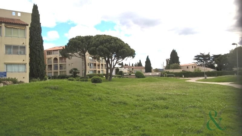 Deluxe sale apartment La londe les maures 189 500€ - Picture 9