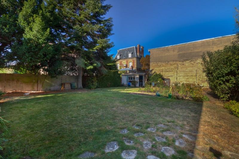 Sale house / villa Croissy sur seine 950000€ - Picture 5