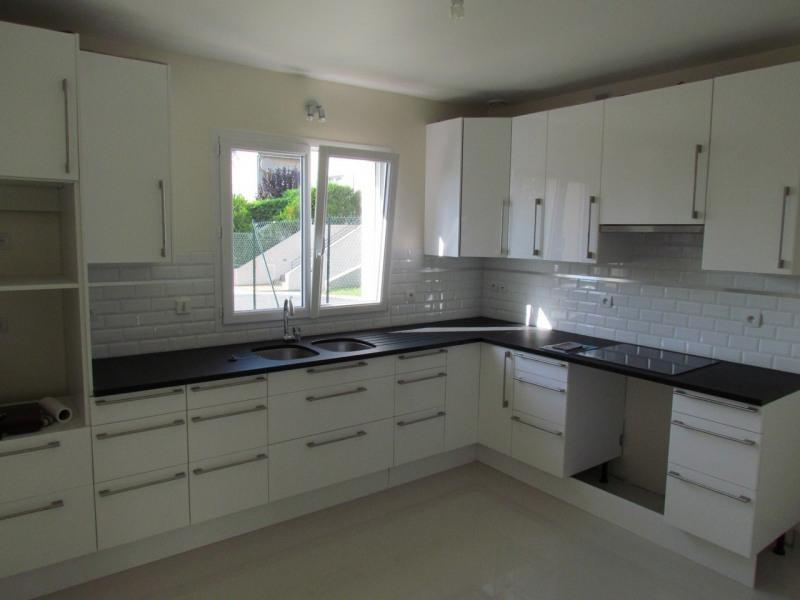 Rental house / villa Bry sur marne 2599€ CC - Picture 2