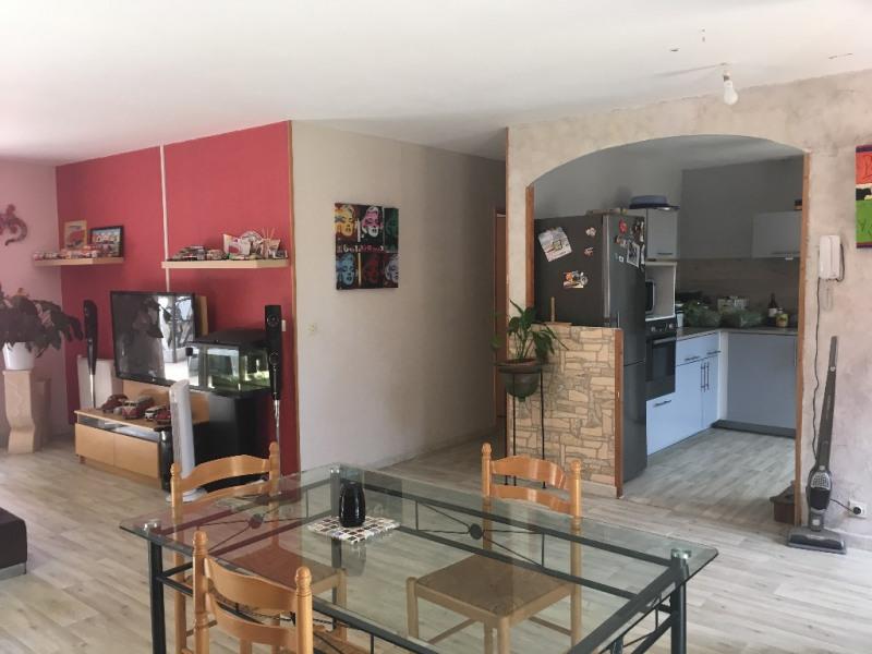 Sale house / villa Vauvert 219900€ - Picture 2