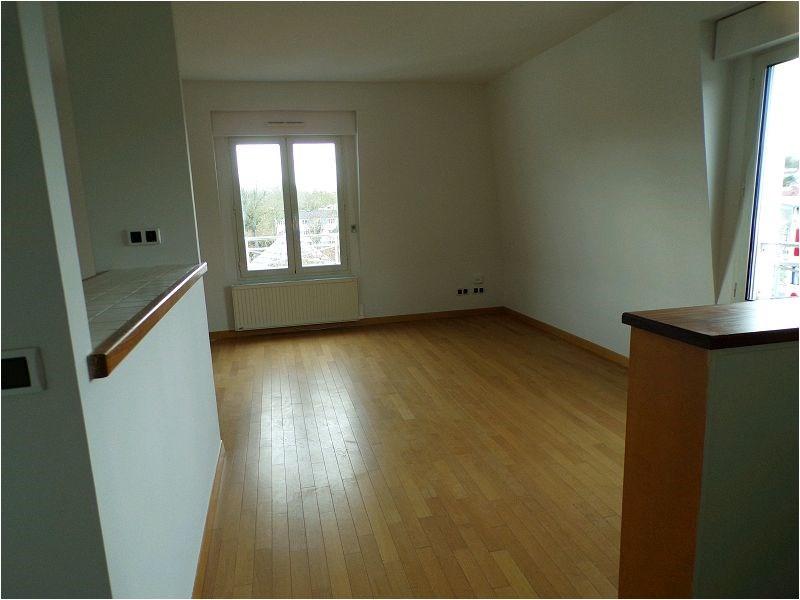 Location appartement Crosne 897€ CC - Photo 5
