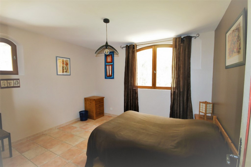 Deluxe sale house / villa Meyrargues 630 000€ - Picture 9