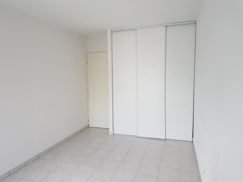 Location appartement Salon de provence 646€ CC - Photo 4