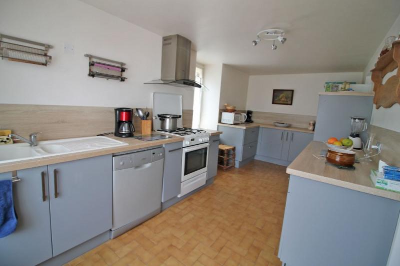 Sale house / villa La chartre sur le loir 136000€ - Picture 3