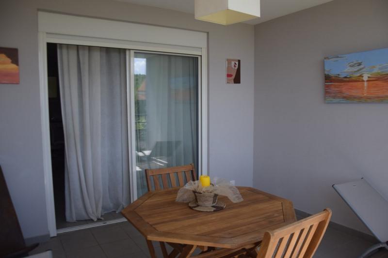 Sale apartment Les trois ilets 265000€ - Picture 2