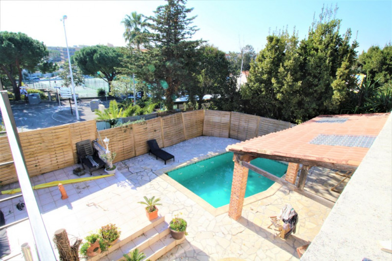 Deluxe sale house / villa Saint laurent du var 674 000€ - Picture 3