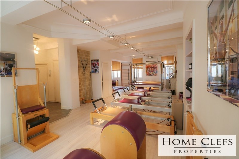 Deluxe sale apartment Cannes 625000€ - Picture 1