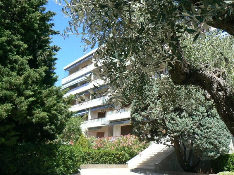 Location vacances appartement Bandol 490€ - Photo 1