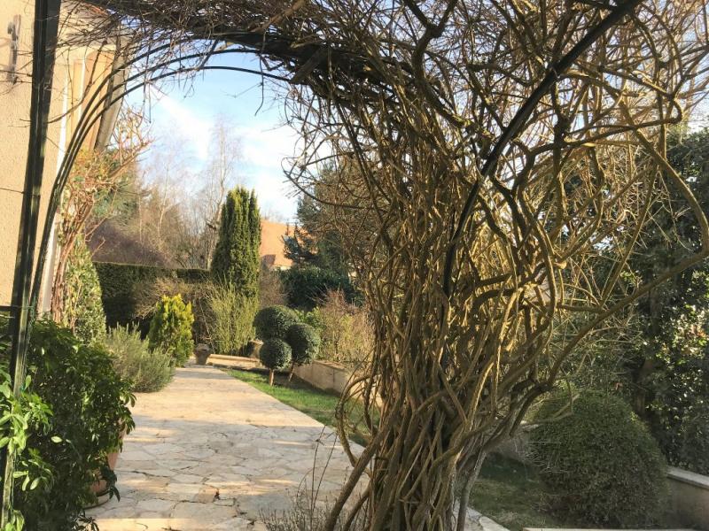 Sale house / villa Feucherolles 740000€ - Picture 4