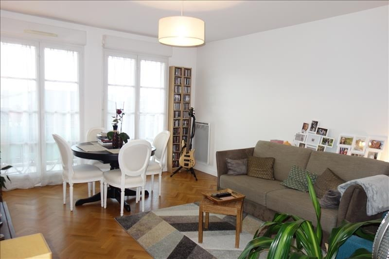 Location appartement St cyr l ecole 975€ CC - Photo 2