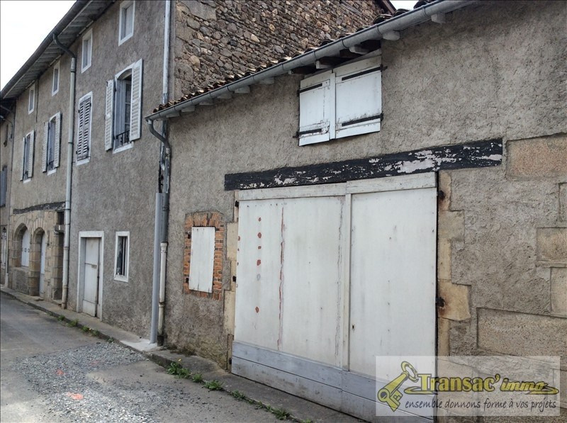 Sale house / villa Puy guillaume 30 000€ - Picture 1