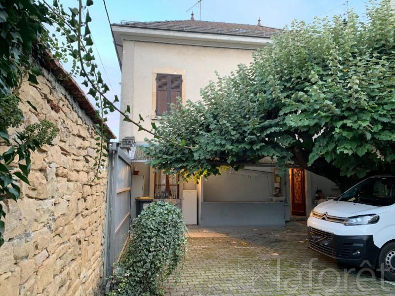 Sale house / villa Bourgoin jallieu 305000€ - Picture 1