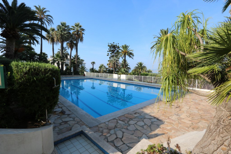 Deluxe sale apartment Nice 765000€ - Picture 15