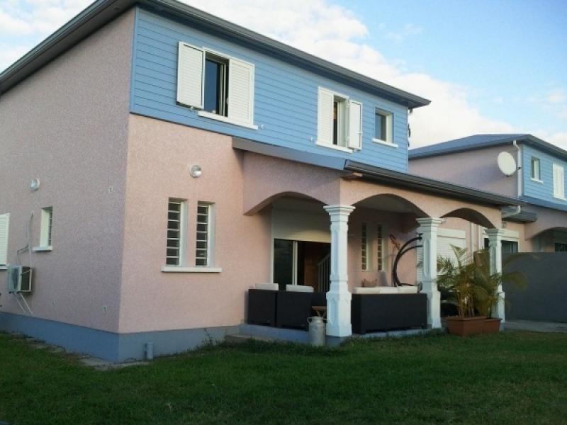 Location maison / villa Ravine des cabris 1045€ CC - Photo 2