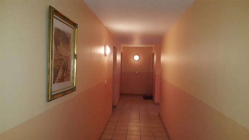 Revenda edifício Toulon 360000€ - Fotografia 3