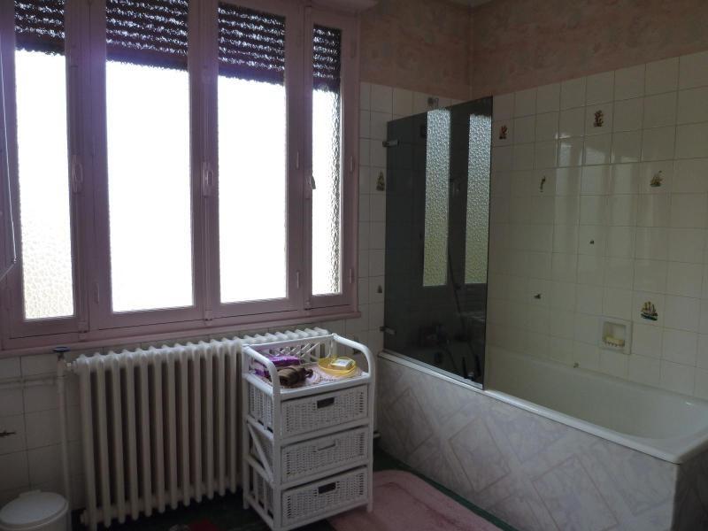 Sale house / villa Cusset 95000€ - Picture 6