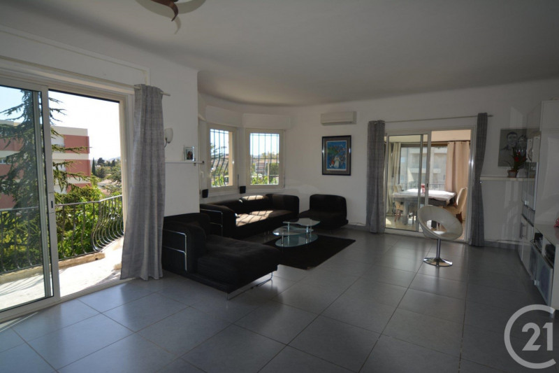 Sale apartment Antibes 430 000€ - Picture 3
