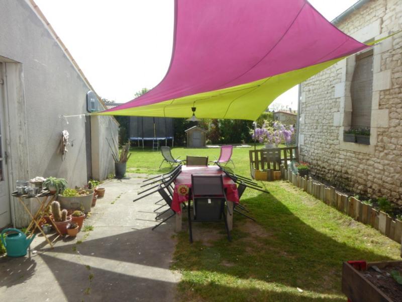 Sale house / villa Medis 254000€ - Picture 1