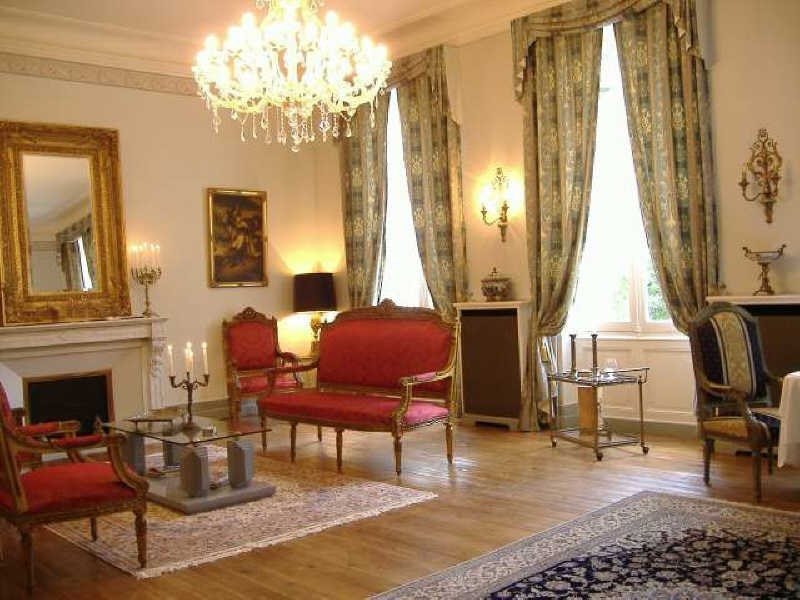 Deluxe sale house / villa Jonzac 1 365 000€ - Picture 4