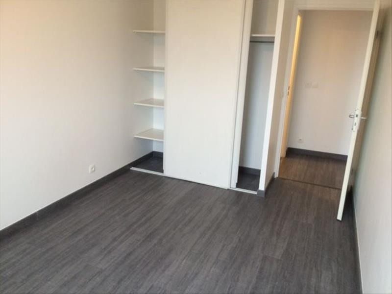 Location appartement Evry 867€ CC - Photo 4