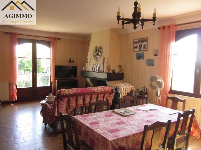Sale house / villa L isle jourdain 263 000€ - Picture 3
