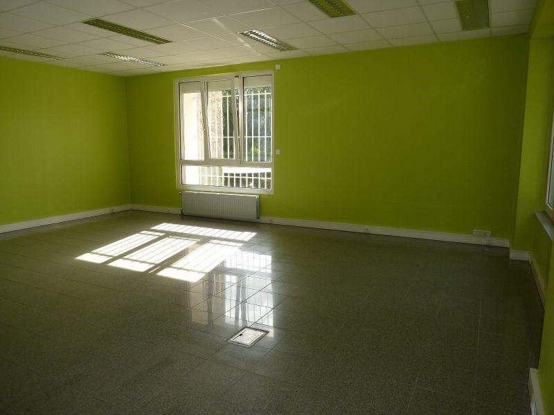 Rental office Le sourn 1 800€ HC - Picture 1