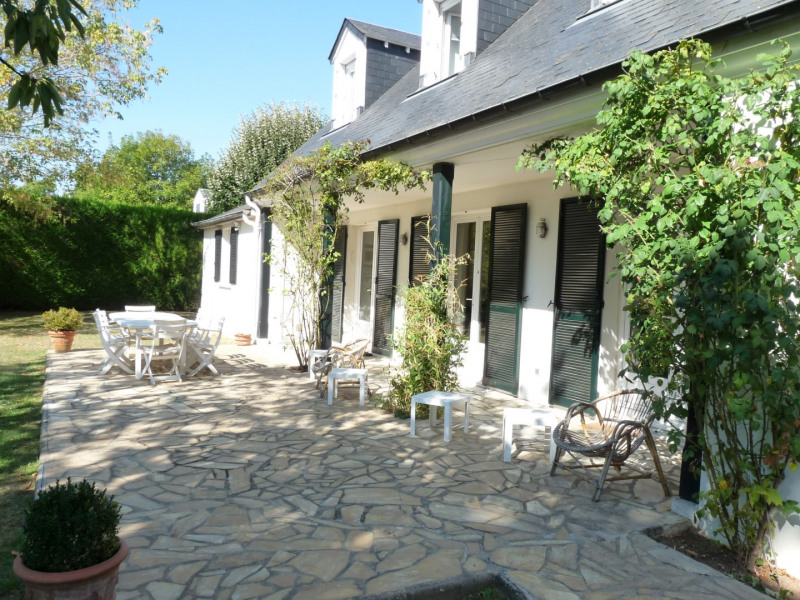 Vente maison / villa Noisy-le-roi 995 000€ - Photo 2