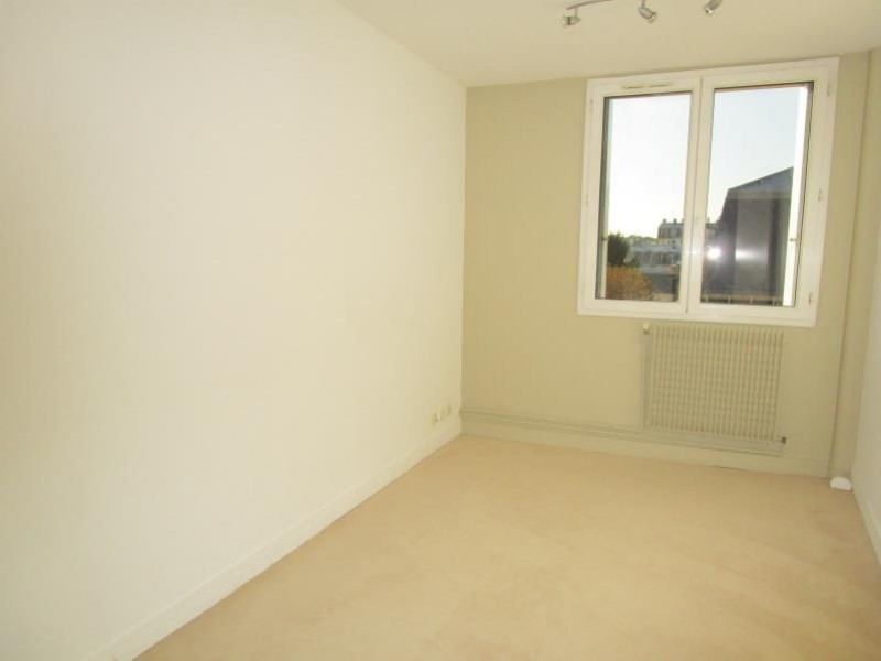 Rental apartment Versailles 2 000€ CC - Picture 7