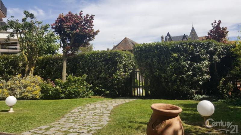 Revenda residencial de prestígio apartamento Tourgeville 1055000€ - Fotografia 9