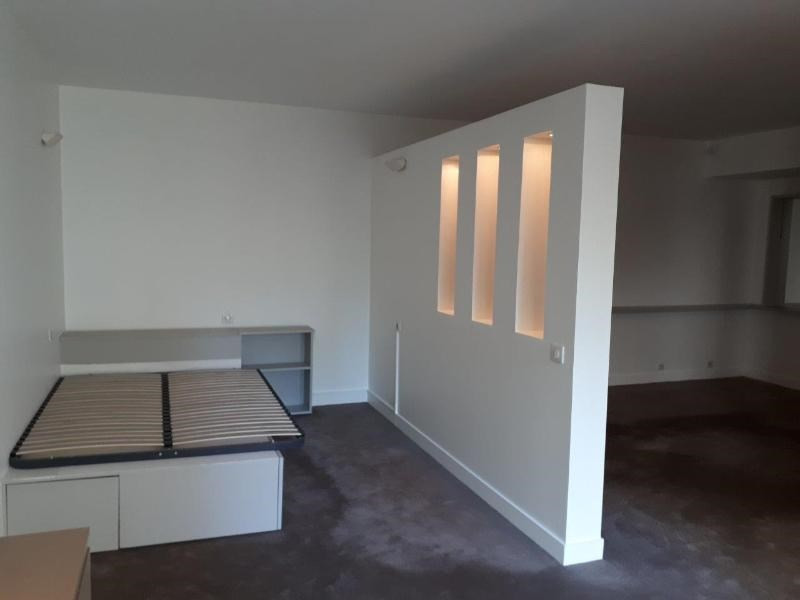 Location appartement Paris 16ème 1 360€ CC - Photo 3