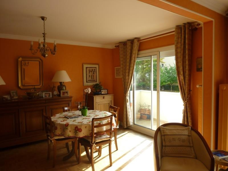Sale apartment Poissy 273000€ - Picture 2