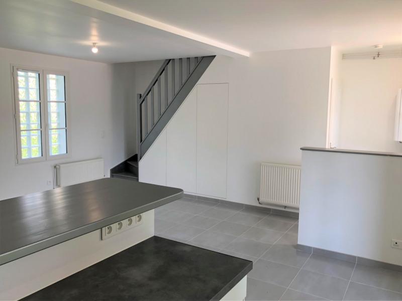 Location appartement Pontoise 915€ CC - Photo 4