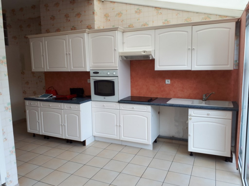 Location maison / villa Arques 828€ CC - Photo 5