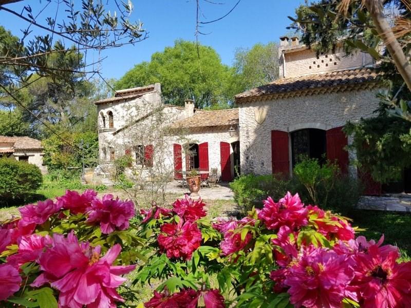 Vente de prestige maison / villa Saint etienne du gres 799000€ - Photo 1