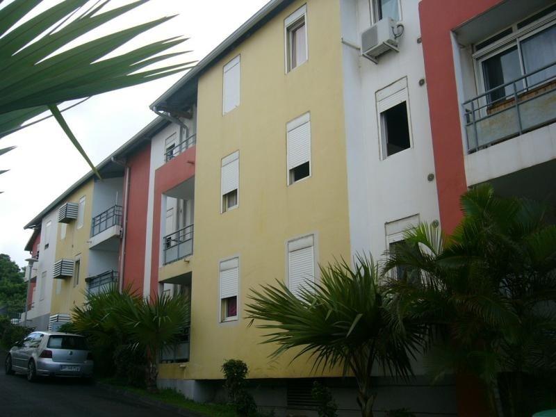 Rental apartment Bois de nefles st denis 670€ CC - Picture 3