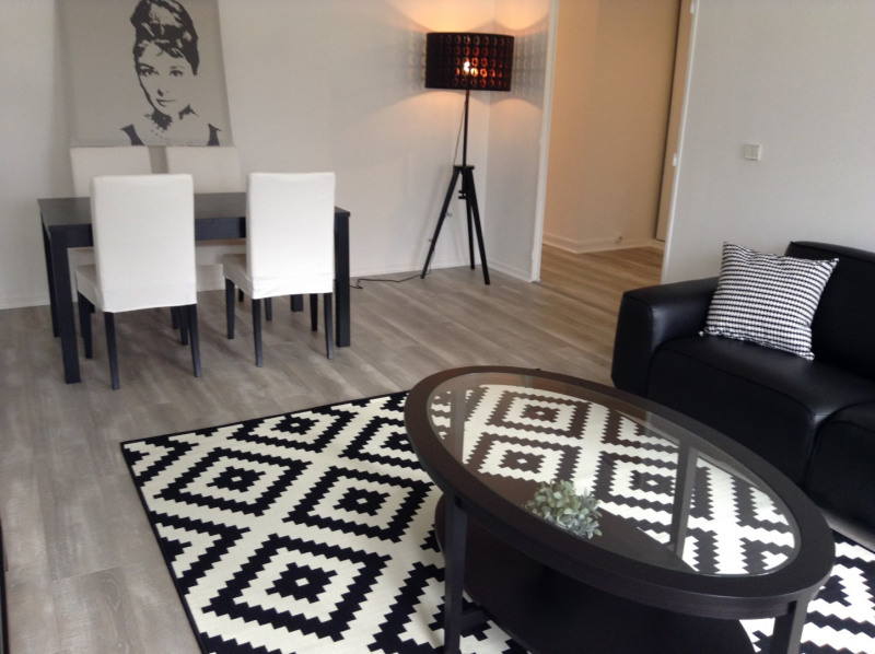 Rental apartment Fontainebleau 1 850€ CC - Picture 2