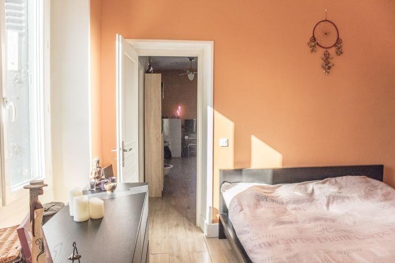 Sale house / villa Montfort l amaury 220000€ - Picture 4