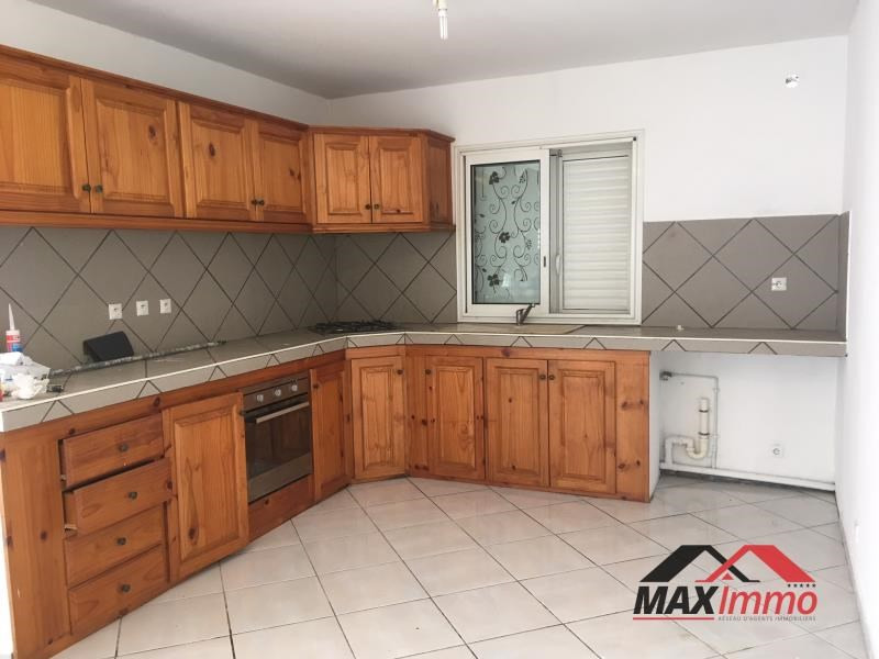 Location maison / villa Le tampon 1 100€ CC - Photo 2