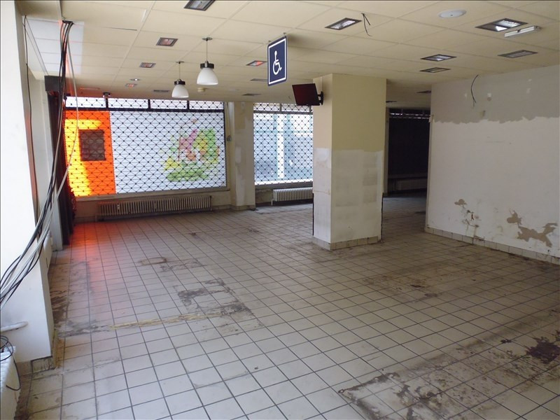 Location local commercial Strasbourg 1700€ HT/HC - Photo 2