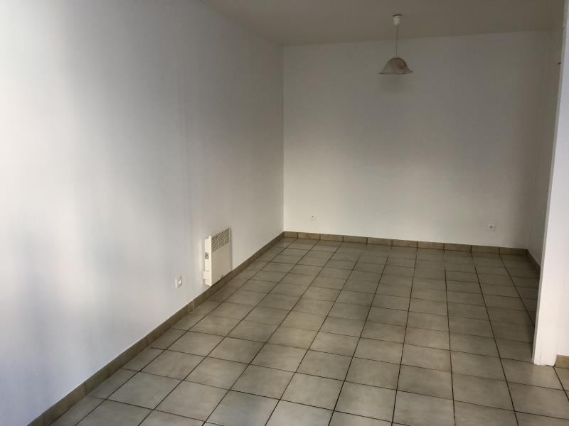 Rental apartment La charite sur loire 250€ CC - Picture 1