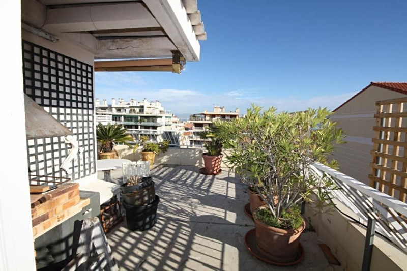 Sale apartment Antibes 740 000€ - Picture 4