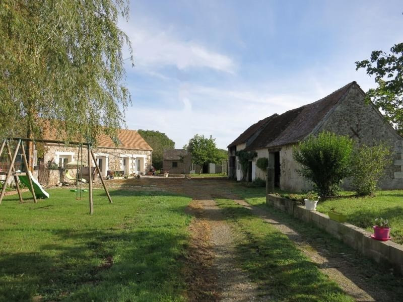 Sale house / villa Ambillou 272000€ - Picture 10