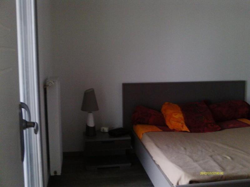 Rental apartment St etienne 615€ CC - Picture 4
