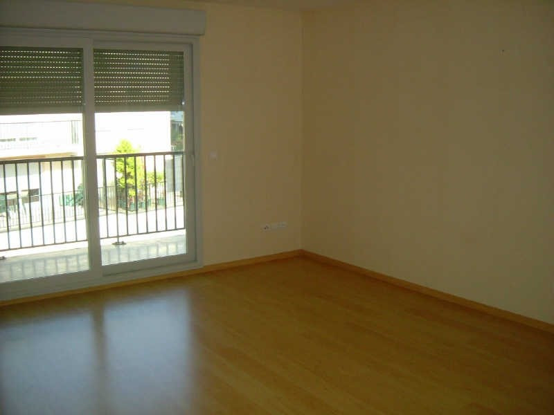 Rental apartment Vendome 590€ CC - Picture 2