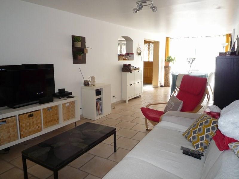 Sale house / villa Serignan du comtat 210000€ - Picture 2