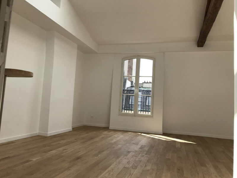 Rental apartment Paris 2ème 2 245€ CC - Picture 2